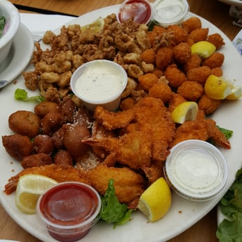 Phil s fish market eatery 2196 photos 1632 reviews for Oak city fish and chips menu