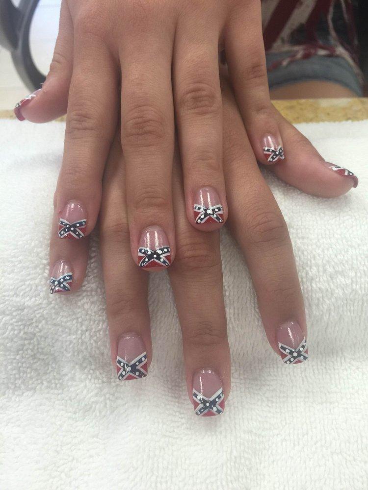 LT Nails & Tan: 133 Pottery Factory Dr, Commerce, GA