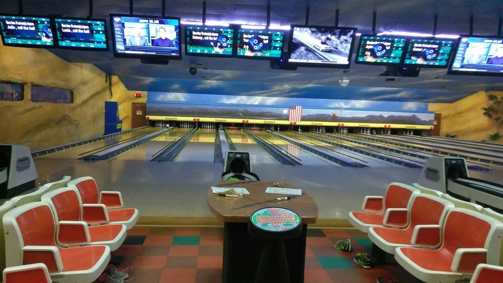 Bedroxx Bowling Alley: 820 N Cedar, Truth Or Consequences, NM