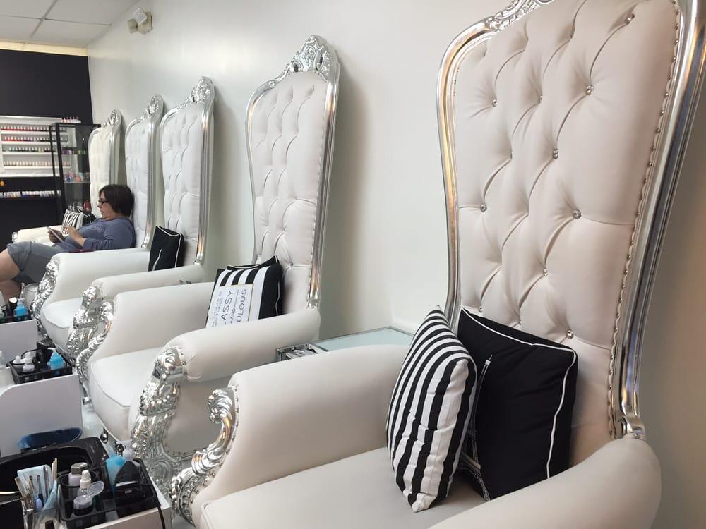 Liquid Glamour Nail Lounge: 2500 SW 107th Ave, Miami, FL