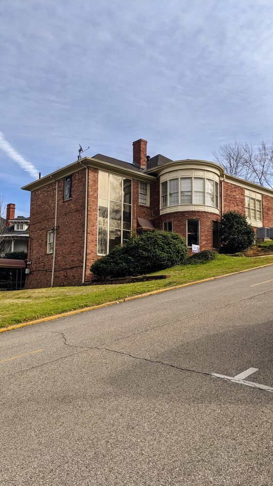 Rentmonster: 1121 18th St S, Birmingham, AL
