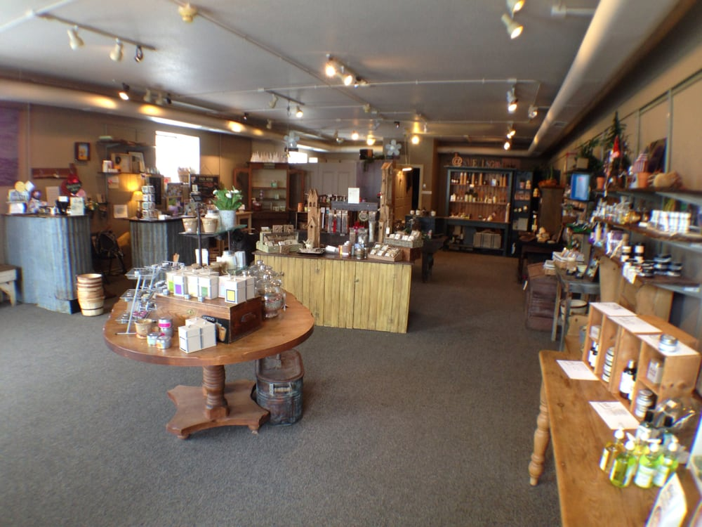 The Smells Good Store: 313 3rd St, Castle Rock, CO