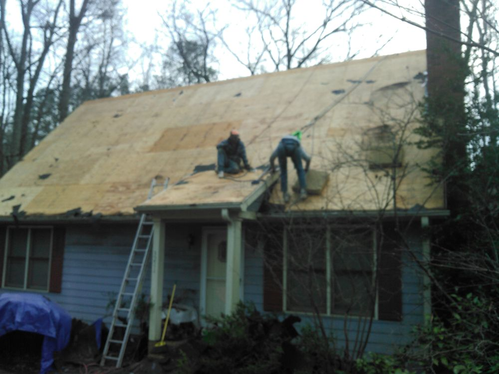 DPD Roofing and Siding: 5242 Harrison Rd, Castalia, NC