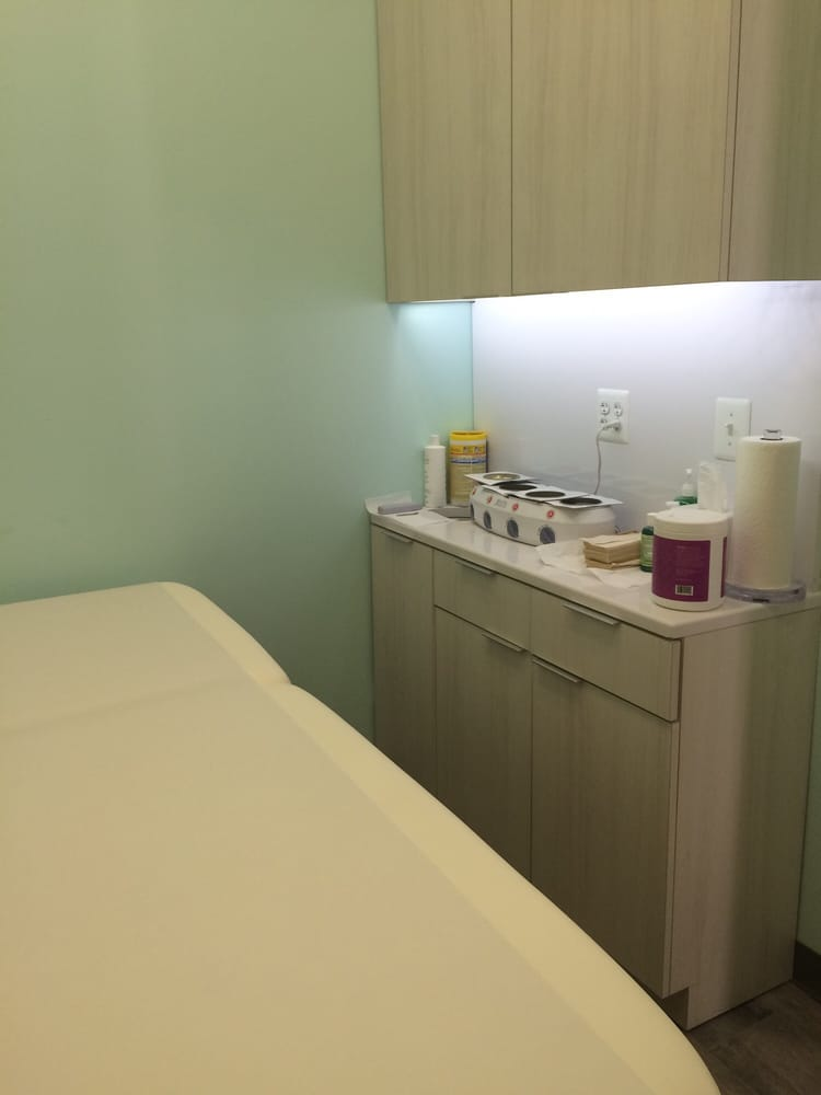 Mercer Beauty Lab: 4507 College Ave, College Park, MD