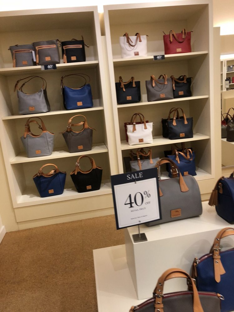 Dooney & Bourke Outlet: 10600 Quil Ceda Blvd, Tulalip, WA