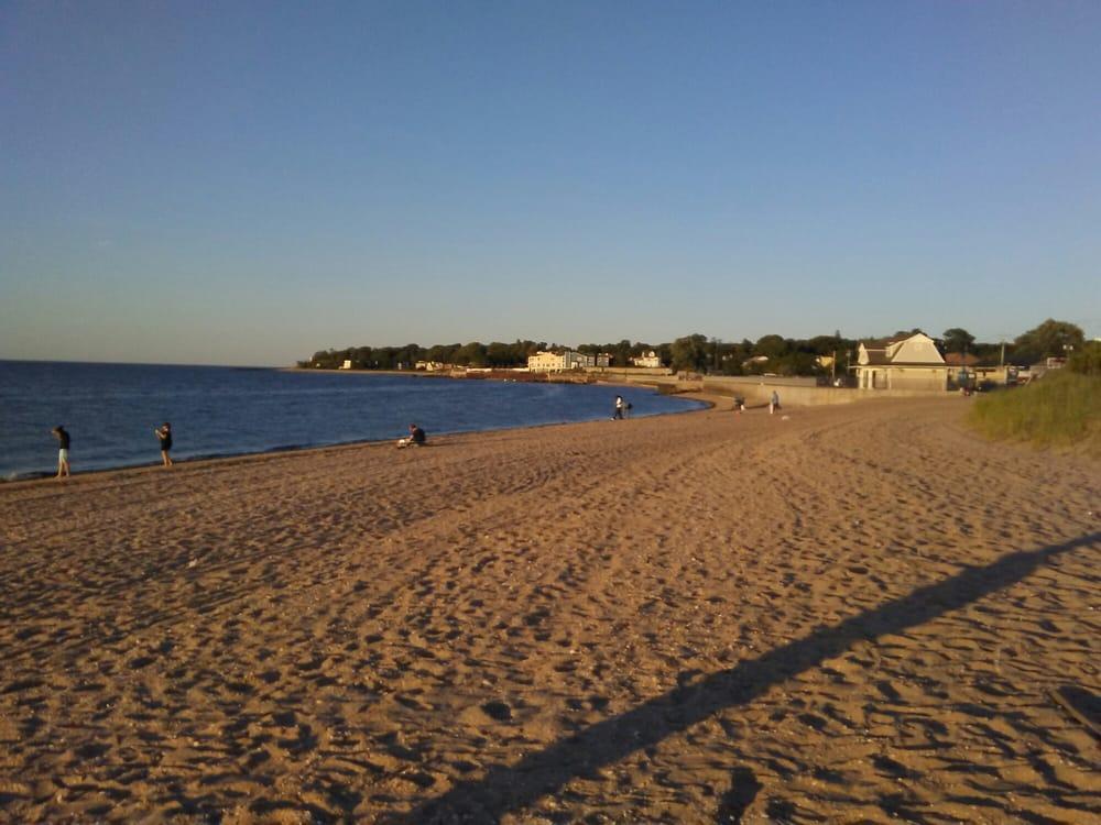 Stehli Beach: 10 Bayville Ave, Bayville, NY