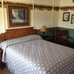 Photo Of North Coast Inn Chalets Washburn Wi United States