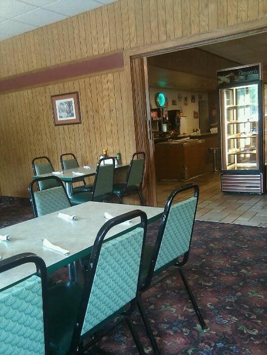 Community Restaurant: 421 E Main Ave, Zeeland, MI