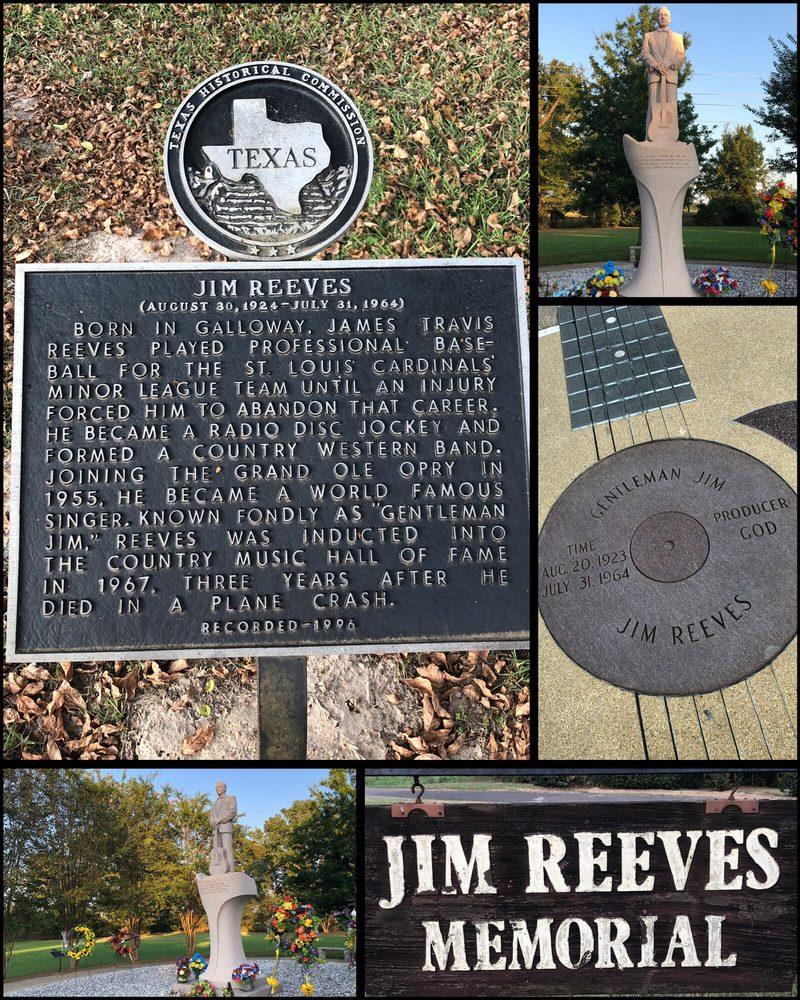 Jim Reeves Memorial: 1914 US 79, Carthage, TX