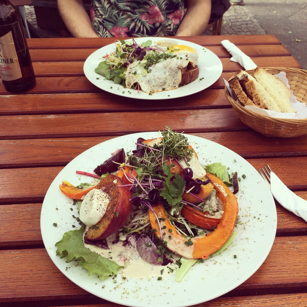 Peach And Goats Cheese Salad