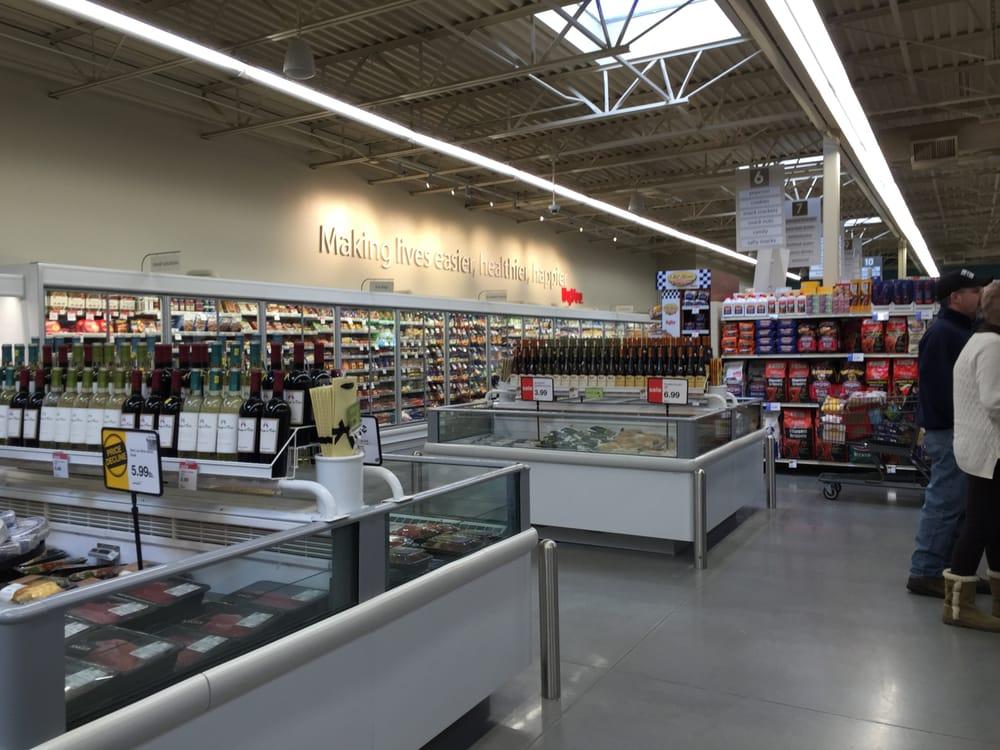 Hy-Vee Food Store: 106 W Washington St, Jefferson, IA