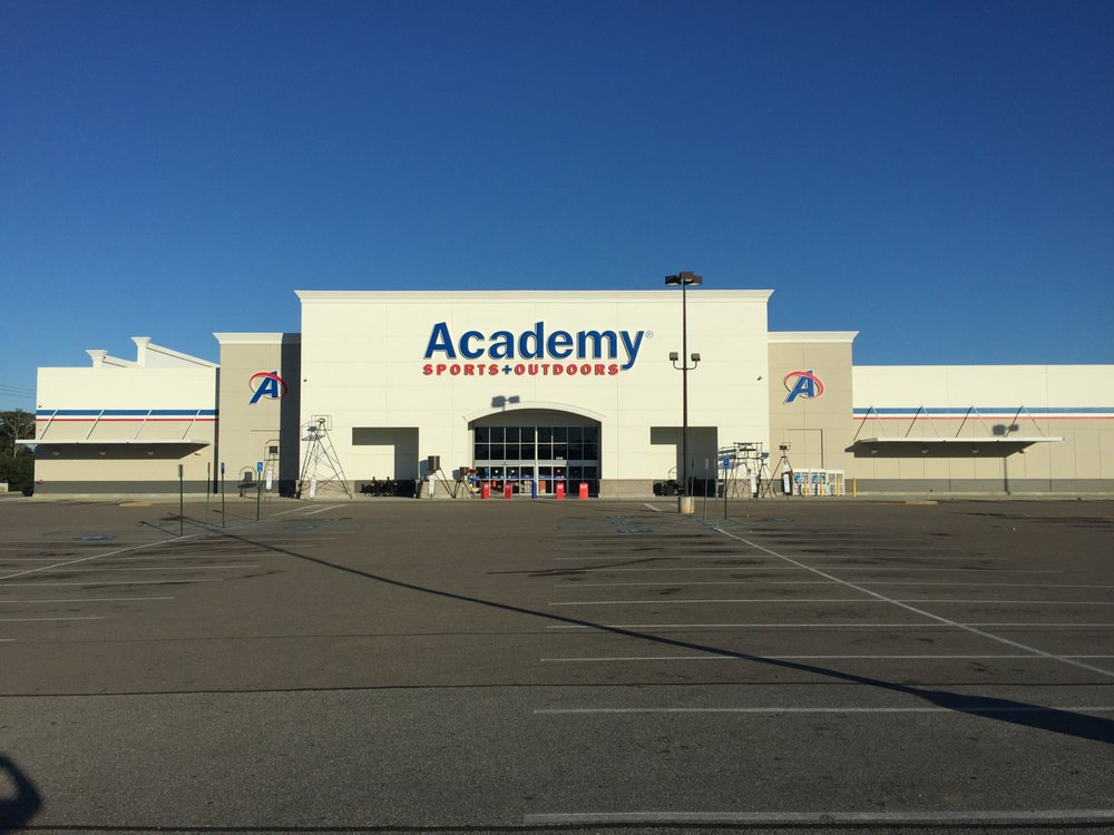 Academy Sports + Outdoors: 3950 Montgomery Hwy, Dothan, AL