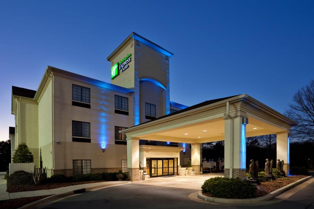 Holiday Inn Express & Suites Albemarle: 500 Leonard Ave, Albemarle, NC