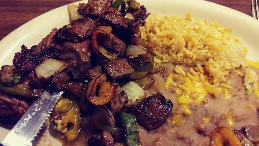 Fernandez Restaurant: 817 N Chadbourne St, San Angelo, TX