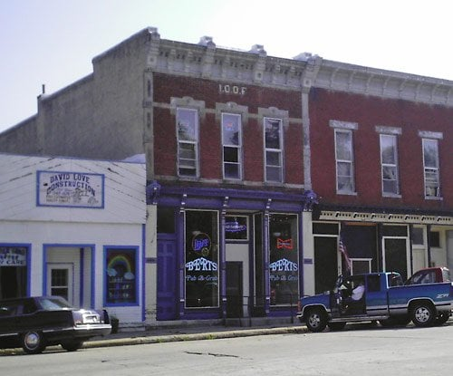 Bert's Pub & Grub: 175 E Kansas St, Afton, IA