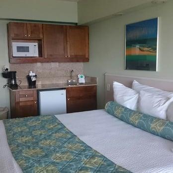 Photo Of Schooner Inn Virginia Beach Va United States Bed And Kitchenette