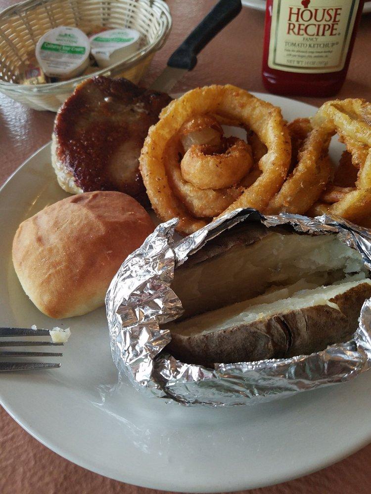 Dinner Bell Restaurant: 127 Plaza Dr, Berea, KY
