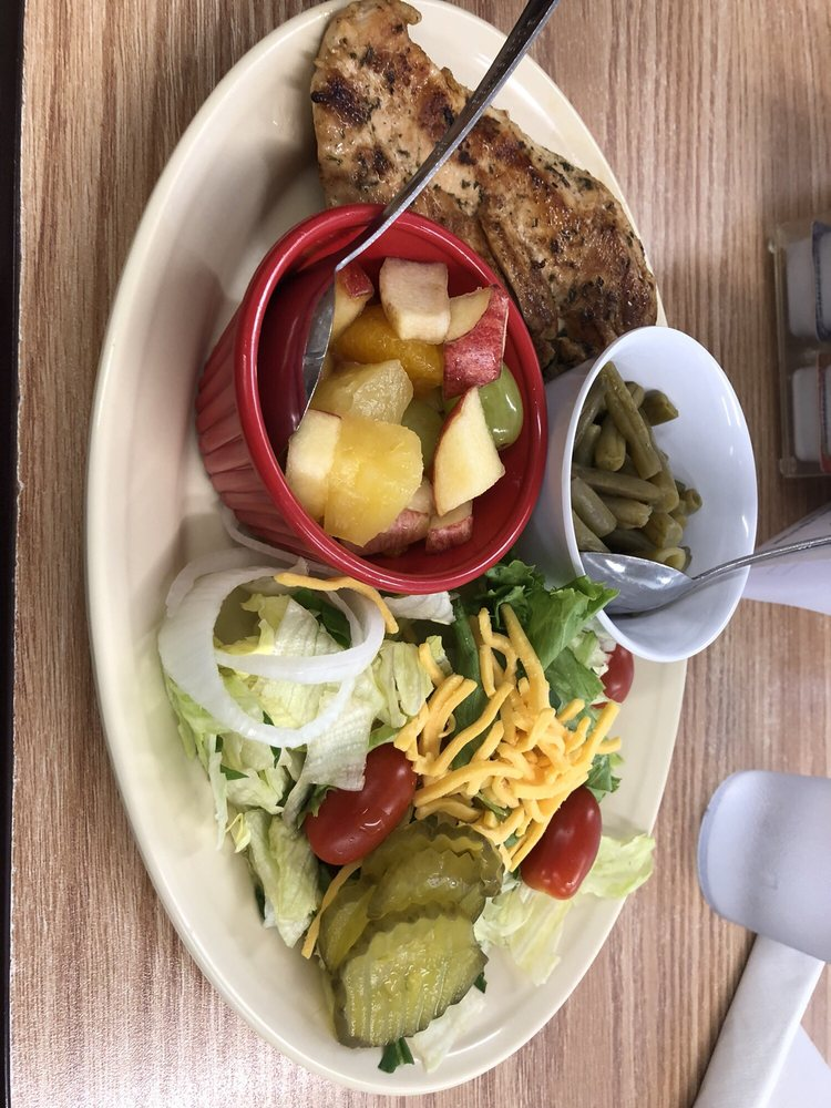 Beckey's Cafe: 1237 Bowie St, Columbus, TX