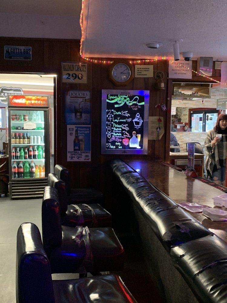 Lamp Lounge: 101 W 6th St, Cheyenne, WY