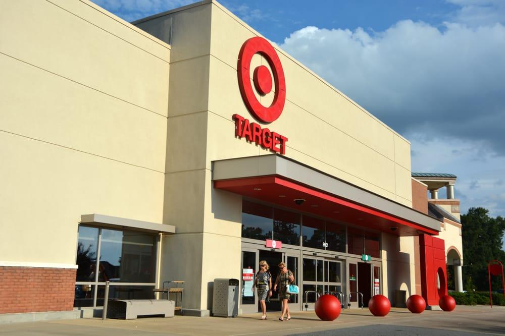 Target: 9801 Sam Furr Rd, Huntersville, NC