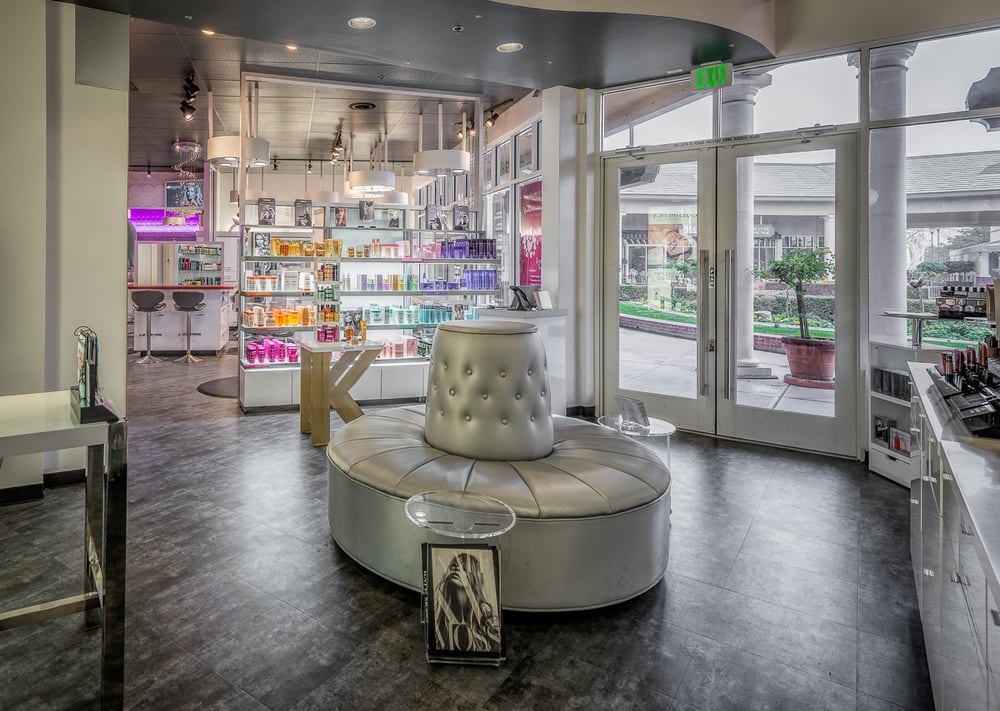 Essentiels Spa Et Beaute: 9000 Ming Ave, Bakersfield, CA
