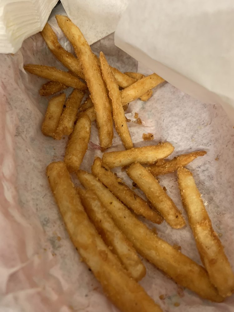 Rocket Alley Bar & Grill: 420 N Olympic Ave, Arlington, WA
