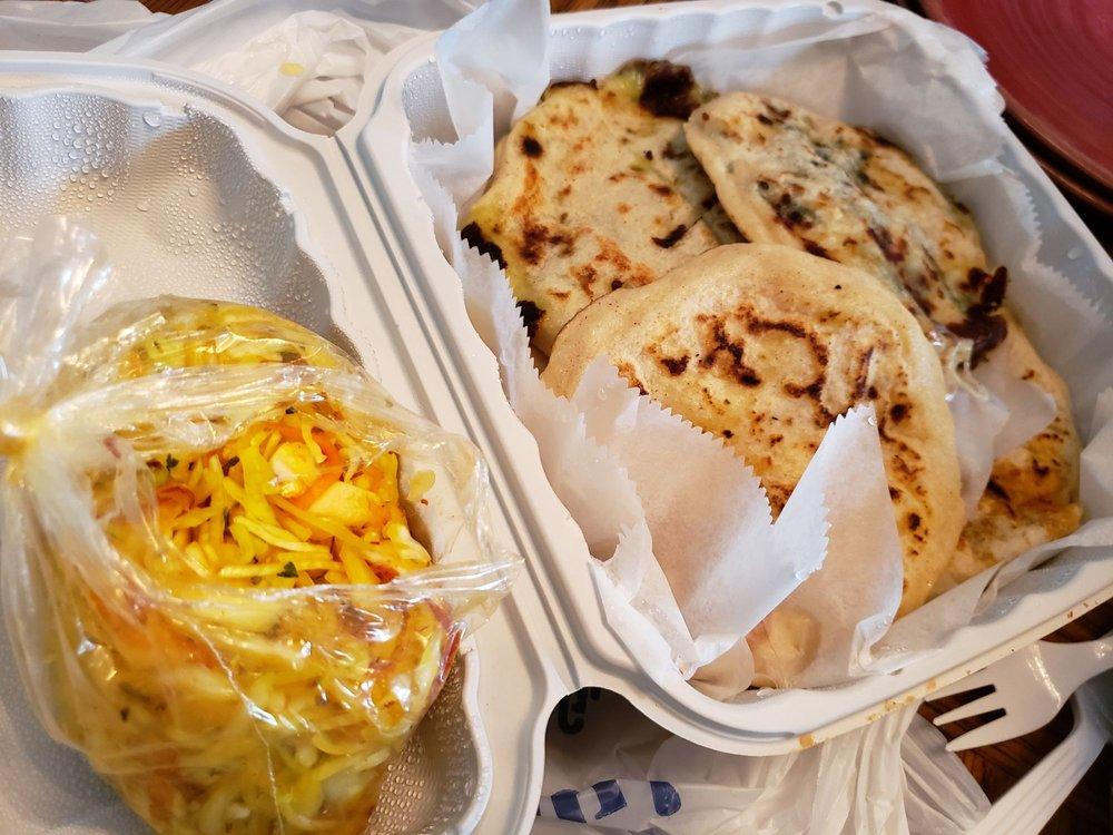 Food from Pupuseria La Familiar