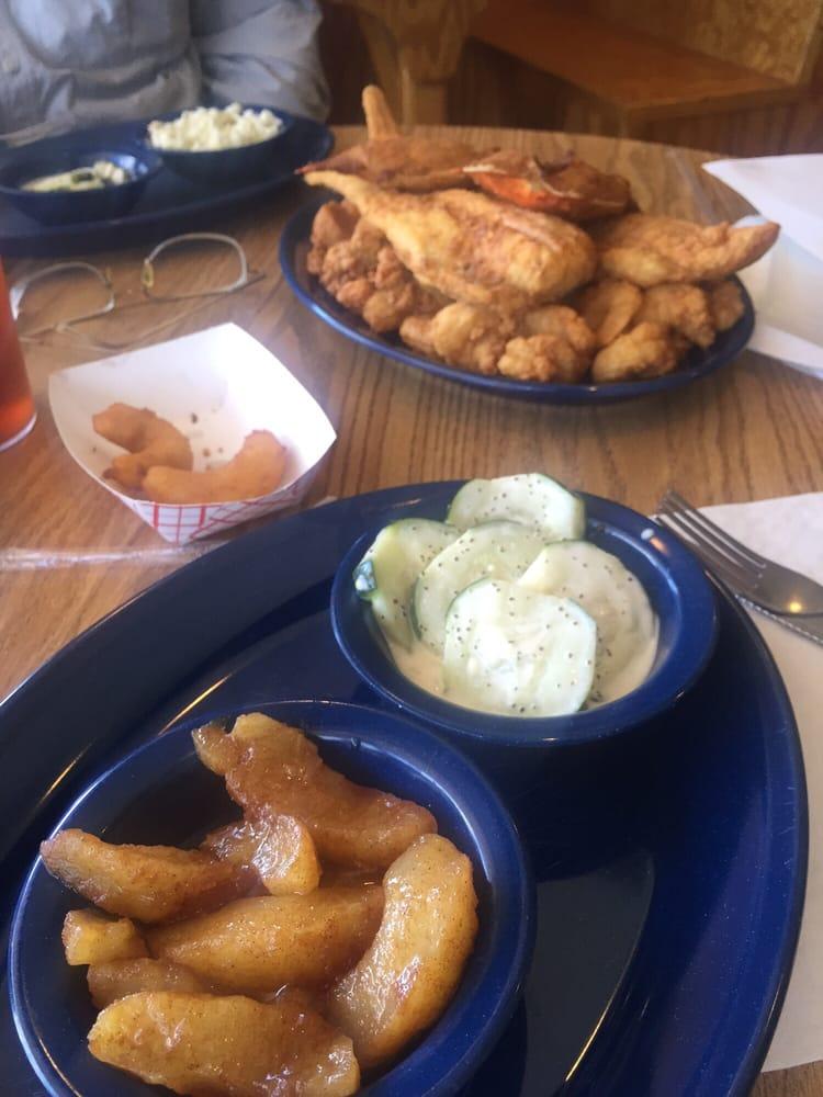 Charlie's Restaurant: 14469 Nc 55 Hwy, Bayboro, NC