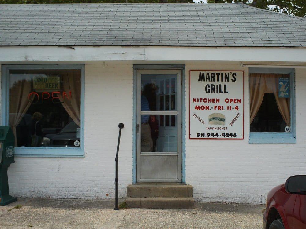 Martin's Grill: 504 N Sandhills Blvd, Aberdeen, NC