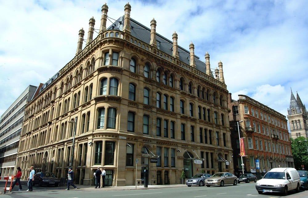 Hotels Near Manchester University