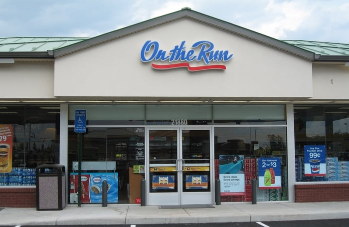 Exxon/On The Run Convenience Store: 21880 Ryan Center Way, Ashburn, VA