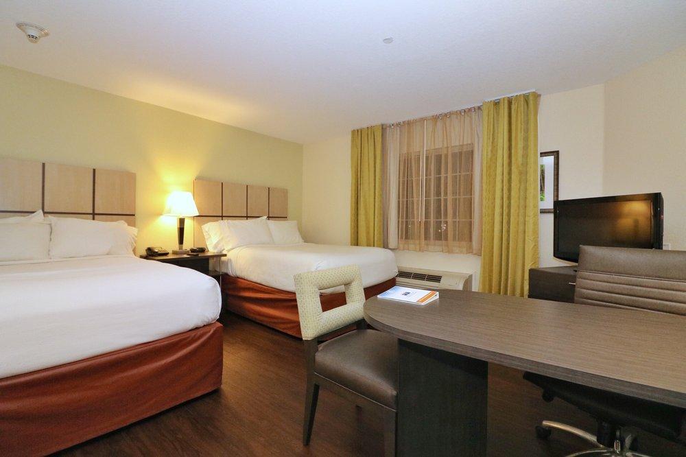 Candlewood Suites West Little Rock: 10520 W Markham, Little Rock, AR