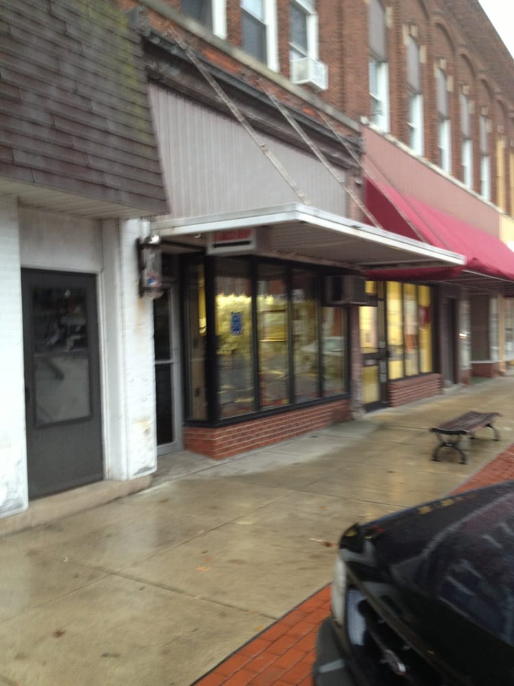 Vogel Barber & Styling Shop: 107 E Perry St, Paulding, OH