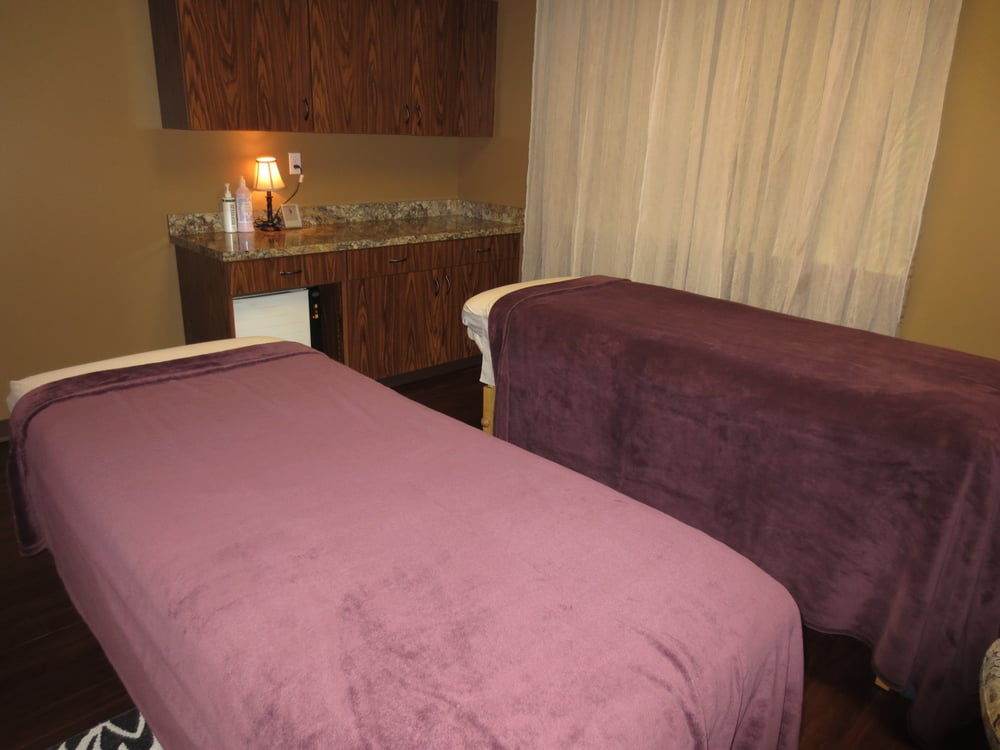 Riversong Spa & Salon: 1101 Club Village Dr, Columbia, MO