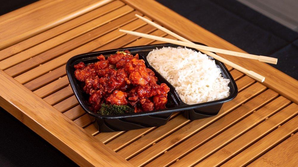 Hoy's Wok Chinese Kitchen
