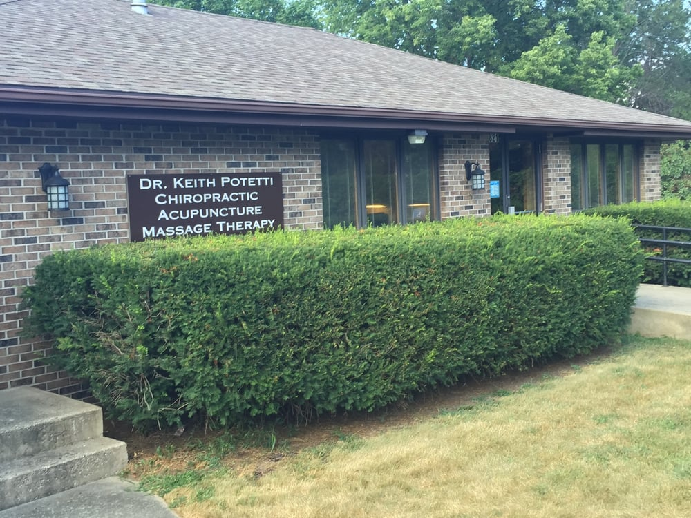 Keith Potetti Chiropractor and Acupuncturist: 2821 Glenwood Ave, Rockford, IL