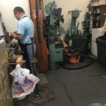 Golden Shoe Repair Arlington Va