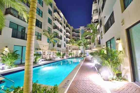 Worthing Place Apartments: 32 SE 2nd Ave, Delray Beach, FL