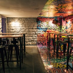 fat 12 photos cocktail bars 8 rue de beauce marais nord paris france restaurant. Black Bedroom Furniture Sets. Home Design Ideas