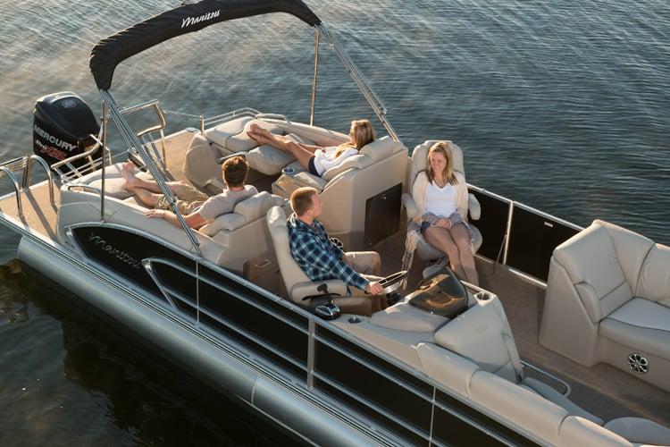 Manitou Pontoon Boats: 16020 S Lowell Rd, Lansing, MI