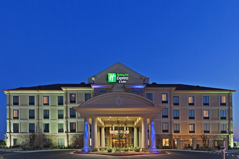 Holiday Inn Express & Suites Poteau: 201 Hillview Pkwy, Poteau, OK