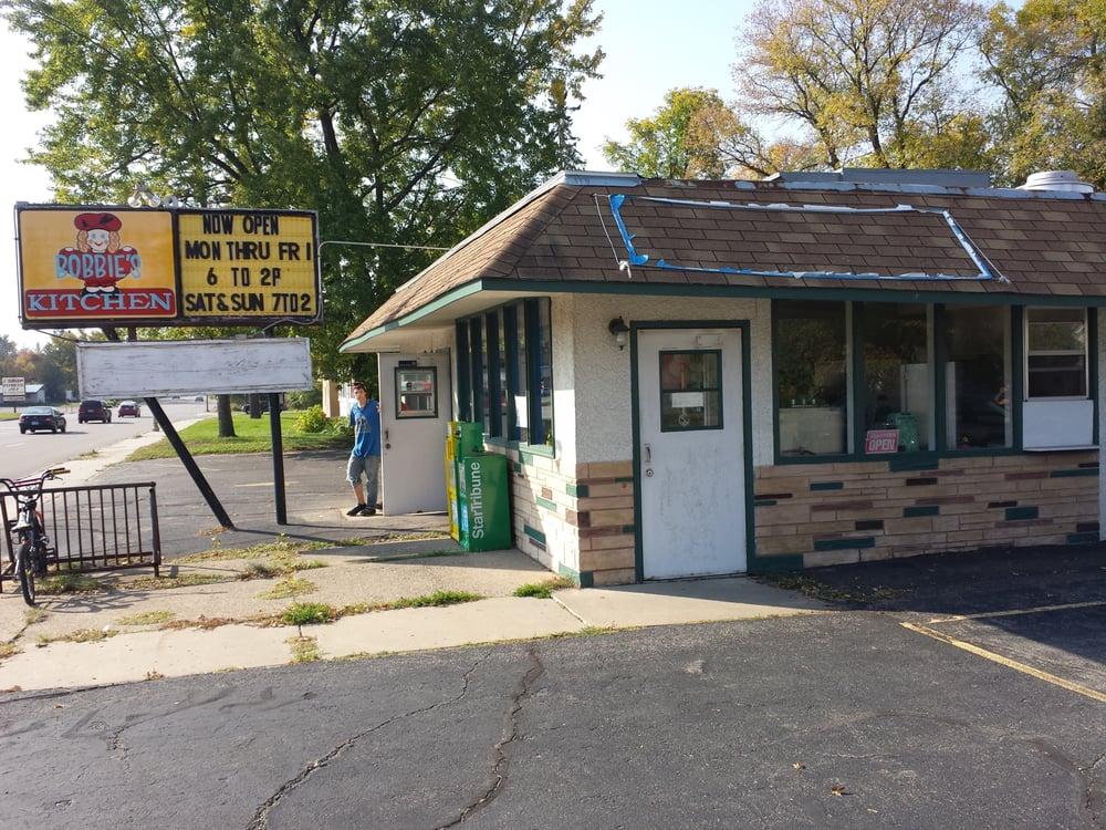 Bobbies Kitchen: 1202 S 6th St, Brainerd, MN