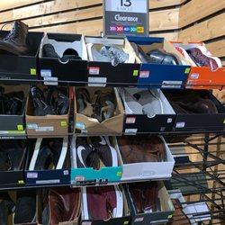 d3a1919fafb2 DSW Designer Shoe Warehouse - 33 Photos   40 Reviews - Shoe Stores ...