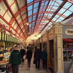 Grainger Market, Newcastle upon Tyne. (Inside Grainger Market in Newcastle  upon Tyne,