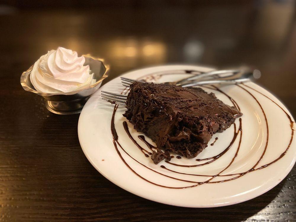Da Francesco Italian Cuisine & Cafe: 49521 Van Dyke Avenue, Shelby Township, MI