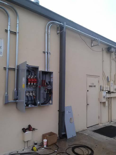 Installation of 400 amp 3 phase electrical service yelp for Electrical service size