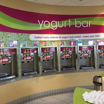 Menchies Frozen Yogurt 24 Photos 63 Reviews Ice Cream