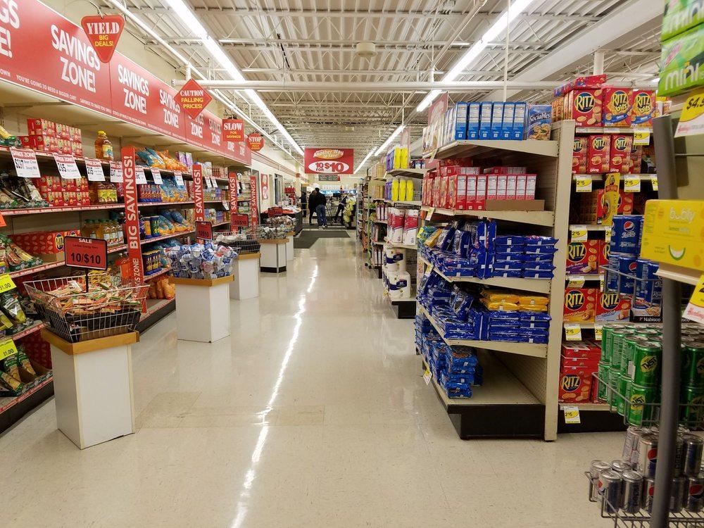 Harding's Market: 14 W Monroe St, Bangor, MI