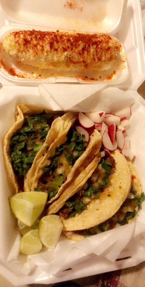 Food from Ricky's Taco Shop