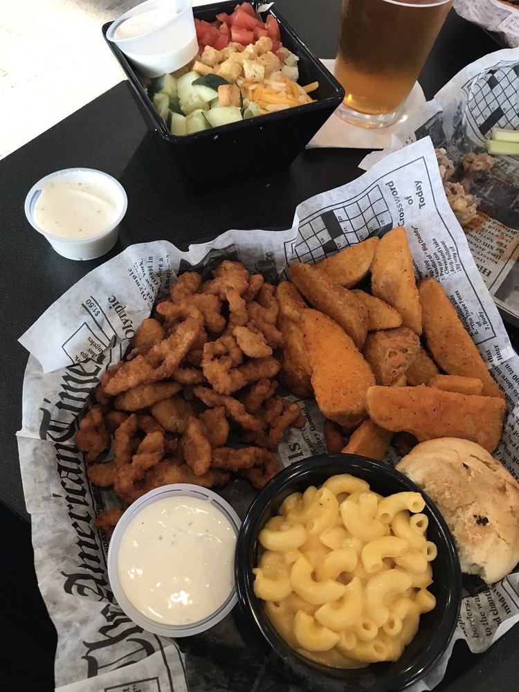 Food from Hill City Pub